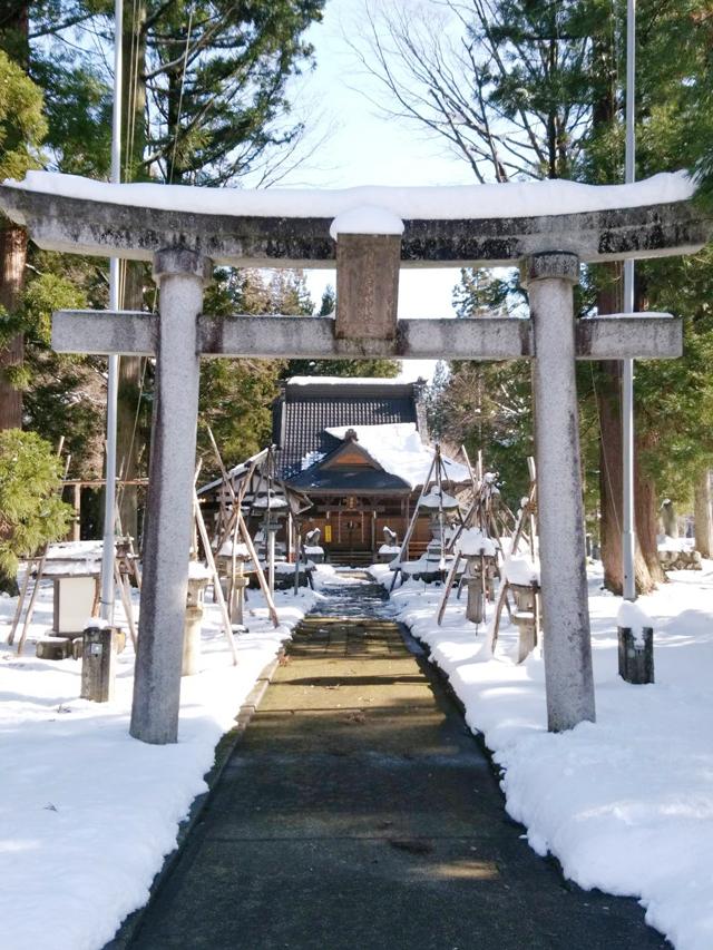 越後湯沢の両山神社の鳥居