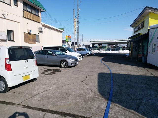 らーめん専門店 ノガミの駐車場